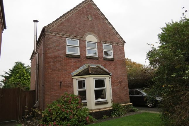 Thumbnail Detached house to rent in Walnut Close, Pewsey
