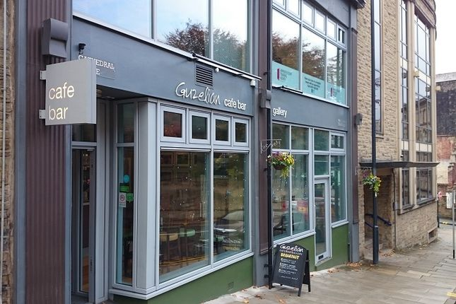 Restaurant/cafe for sale in Church Bank, Bradford