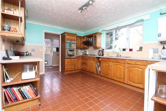 Kitchen of Daundy Close, Ipswich IP2
