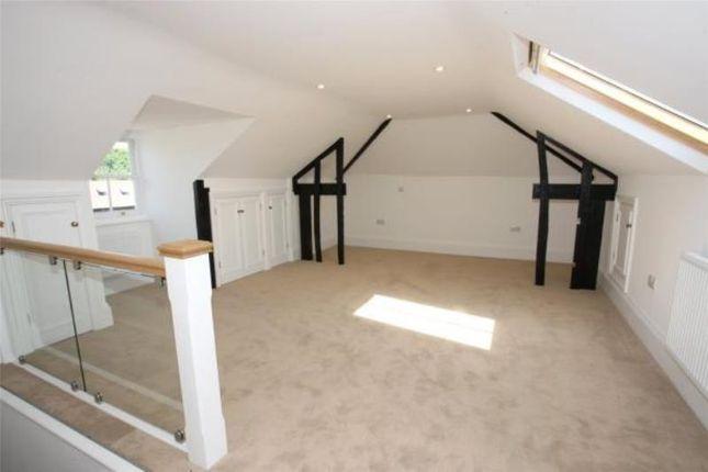 Thumbnail Flat to rent in West Street, Farnham, Surrey