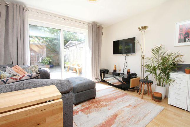 Living Room of Nicholas Close, Greenford UB6