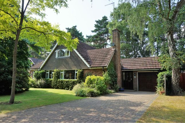Thumbnail Detached house for sale in Heatherway, Crowthorne