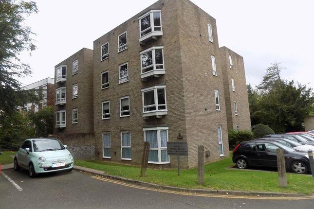 Thumbnail Flat to rent in Fairbank, Copers Cope Road, Beckenham