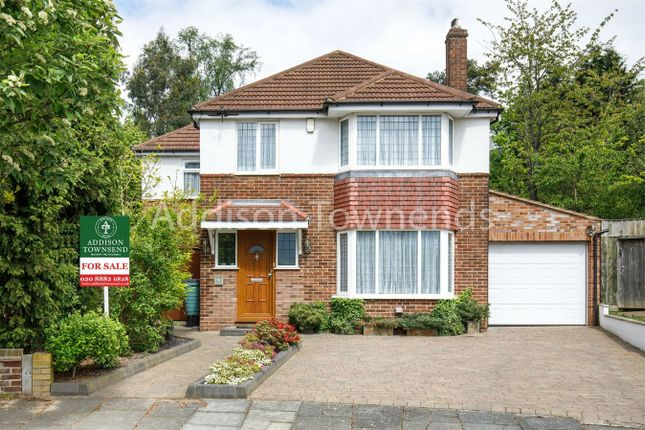 Thumbnail Detached house for sale in Lincoln Avenue, London