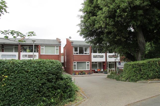 Thumbnail Flat for sale in Guardian Court, Kirby Park, Caldy