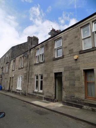 Thumbnail Flat to rent in Rolland Street, Dunfermline