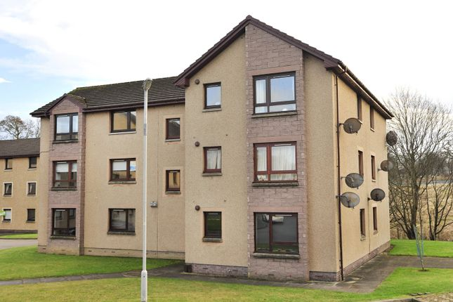 Thumbnail Flat to rent in 66 Hutcheon Low Place, Aberdeen