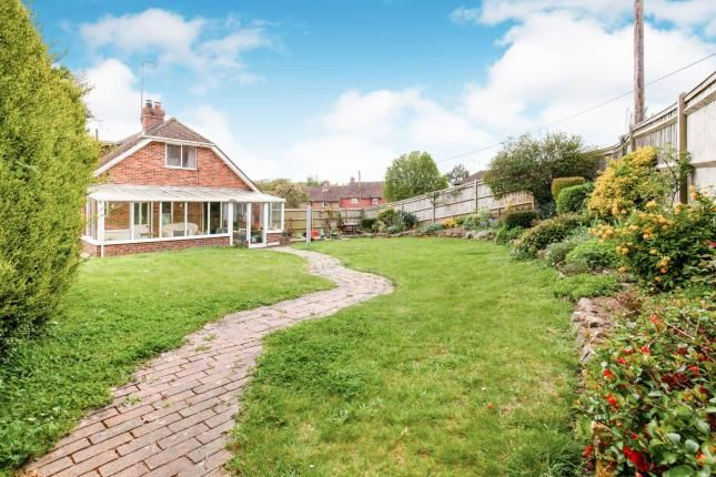 Thumbnail Bungalow for sale in Oxenbridge Lane, Etchingham, East Sussex