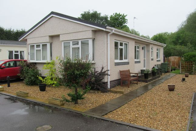 2 bed mobile/park home for sale in Stephanie Grove, Amington Park (Ref 5601), Tamworth, Staffordshire