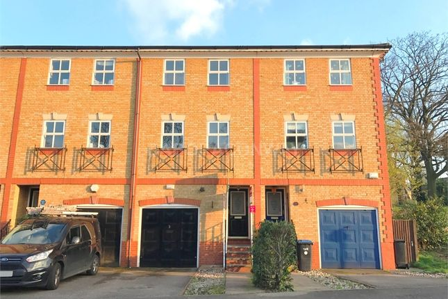 Thumbnail Town house to rent in Macleod Road, London