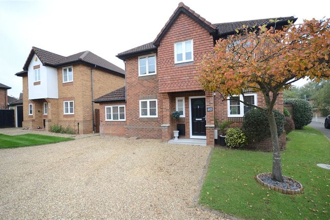 Thumbnail Detached house for sale in Worcestershire Lea, Warfield, Berkshire