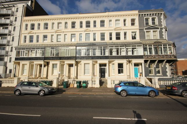Thumbnail Flat for sale in Kingsway, Hove.