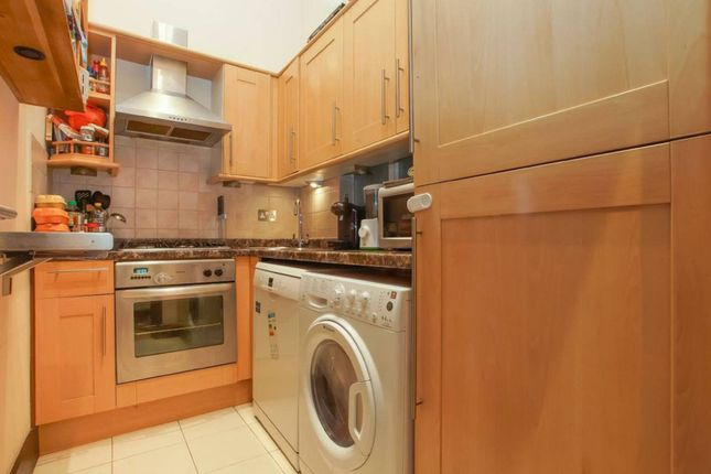2 bed flat for sale in College Crescent, Swiss Cottage