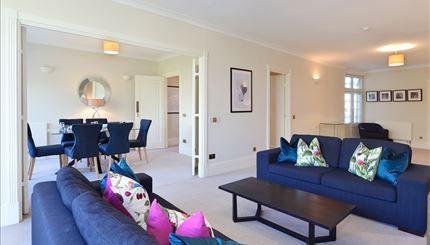 Thumbnail Flat to rent in Strathmore Court, Park Road, Regents Park