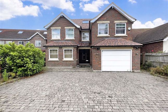 Thumbnail Property to rent in Bournwell Close, Hadley Wood, Hertfordshire