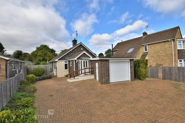 Thumbnail Detached bungalow for sale in Queens Walk, Stamford