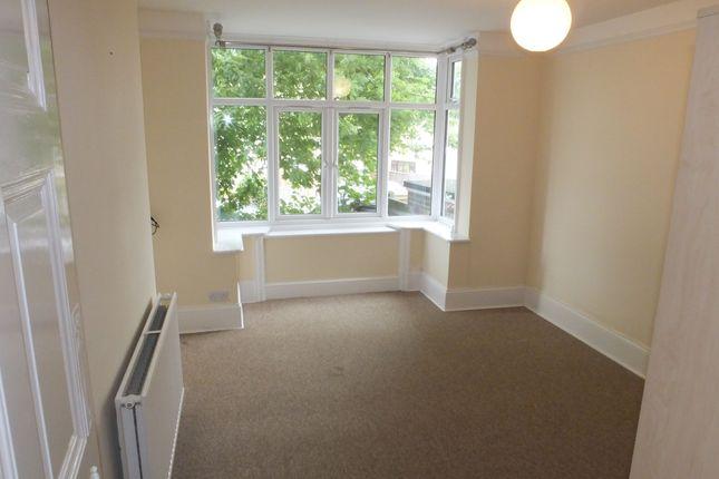 Thumbnail Flat to rent in Western Road, Crowborough
