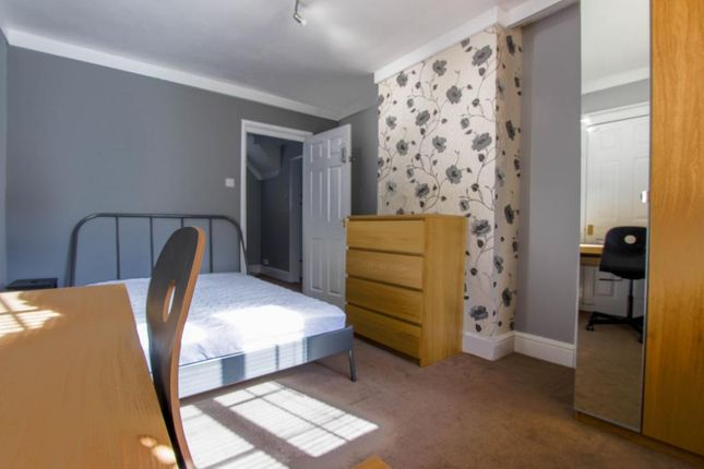 Thumbnail Semi-detached house to rent in Barbridge Road, Cheltenham