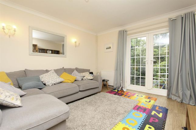 Living Room of Little Orchard Close, Pinner HA5