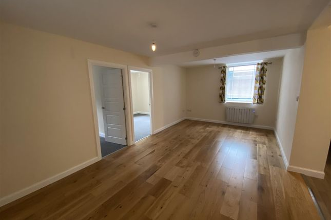 Thumbnail Flat to rent in The Green, Fore Street, Cullompton