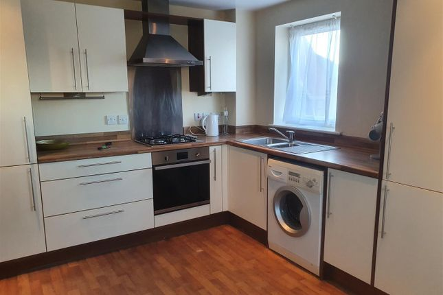 Kitchen of Winmarleigh Street, Warrington WA1