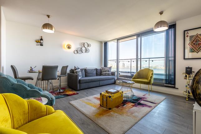 Thumbnail Flat to rent in Miles Close, London, Slondon