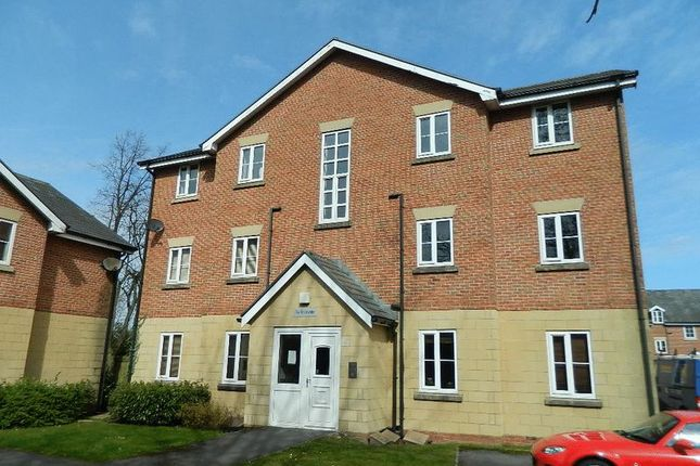 Thumbnail Flat to rent in Clifton Park, Swinton, Manchester