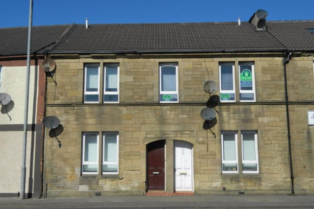 Thumbnail Flat to rent in Glasgow Road, Wishaw, North Lanarkshire, 7Qh