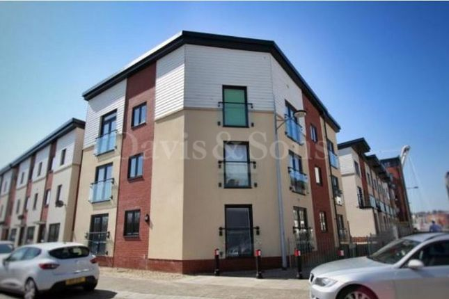 Thumbnail Flat for sale in Millennium Walk, Newport, Gwent.