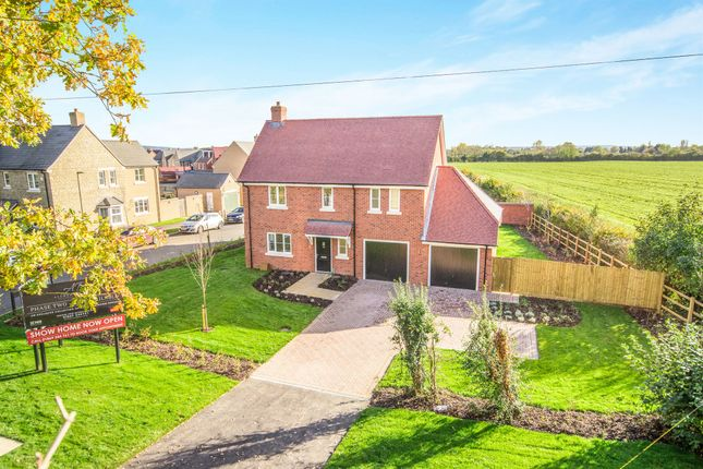 Thumbnail Detached house for sale in The Green, Chesterton, Bicester