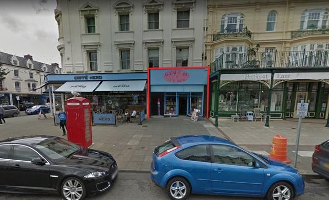 Thumbnail Retail premises to let in 6 St George's Place, Llandudno