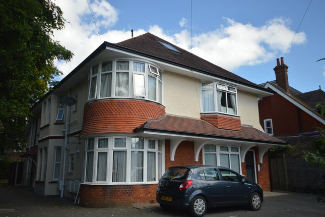 Thumbnail Flat to rent in Beechey Road, Bournemouth