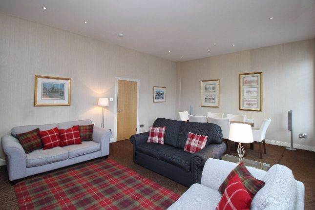 Thumbnail Flat to rent in South Charlotte Street, West End, Edinburgh