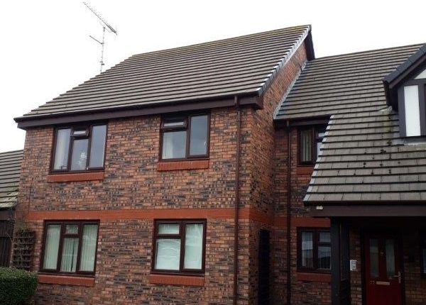 Thumbnail Flat to rent in Poplar Row, Ince Lane, Elton, Chester