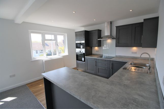 Thumbnail Flat to rent in Church Road, Alphington, Exeter