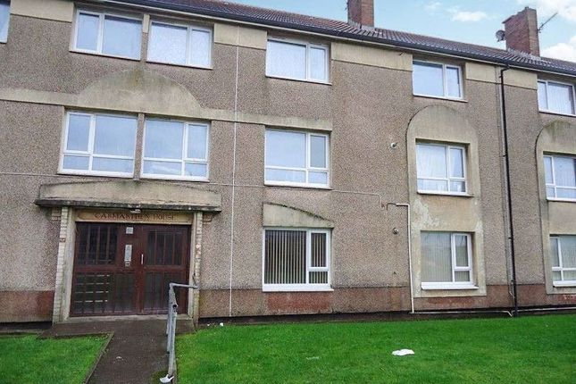 2 bed flat to rent in Bevin Avenue, Sandfields, Port Talbot SA12