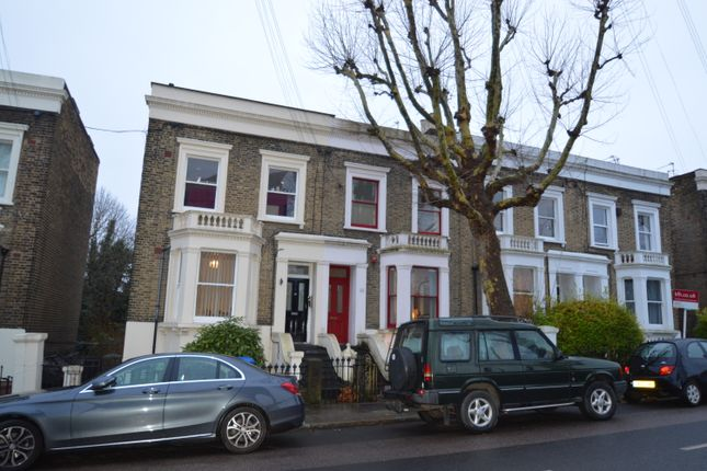 2 bed maisonette to rent in Chadwick Road, Peckham Rye