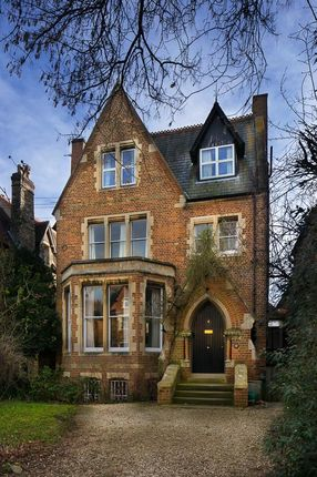 Thumbnail Detached house for sale in Canterbury Road, Oxford