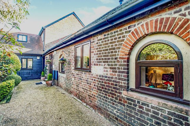 Barn conversion for sale in Pouchen End Lane, Hemel Hempstead
