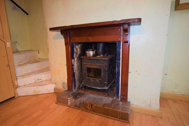 Fireplace of Wooda Road, Launceston PL15