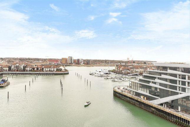 Thumbnail Flat to rent in Alexandra Wharf, 2 Maritime Walk, Ocean Village, Southampton, Hampshire