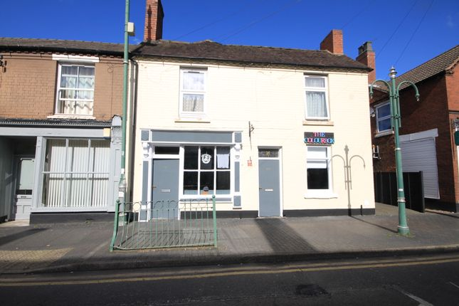 Retail premises to let in North Street, Cannock