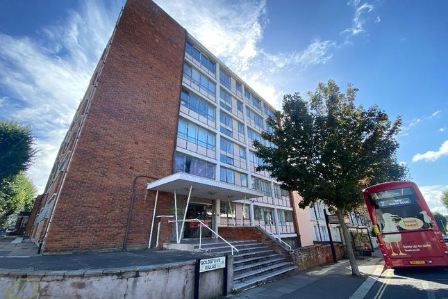 2 bed flat to rent in Goldstone Villas, Hove, East Sussex BN3