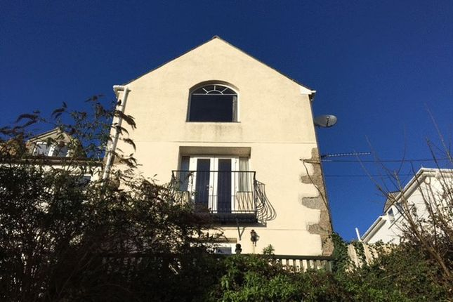 Thumbnail Flat to rent in Carne Road, Newlyn, Penzance
