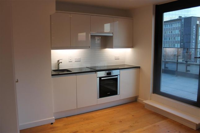 Thumbnail Flat to rent in Scarbrook Road, Croydon