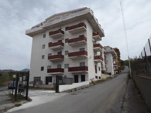 1 bed apartment for sale in Piano Lettieri, Scalea, Calabria, Italy