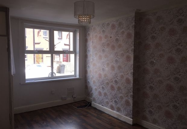 3 bed terraced house to rent in Copperfield Crescent, Cross Green, Leeds