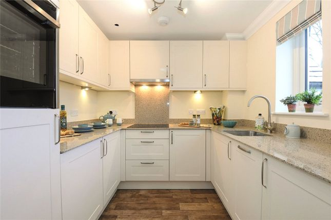 Thumbnail Flat for sale in Wiltshire Road, Wokingham, Berkshire