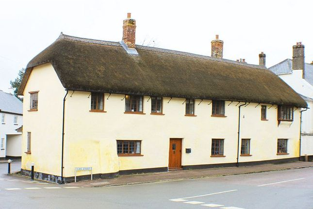 Thumbnail Cottage to rent in Fore Street, Silverton, Exeter