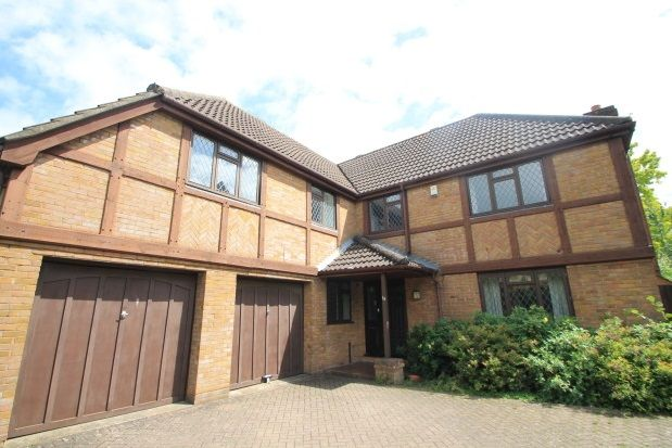 Thumbnail Property to rent in Coney Hall Parade, Kingsway, West Wickham